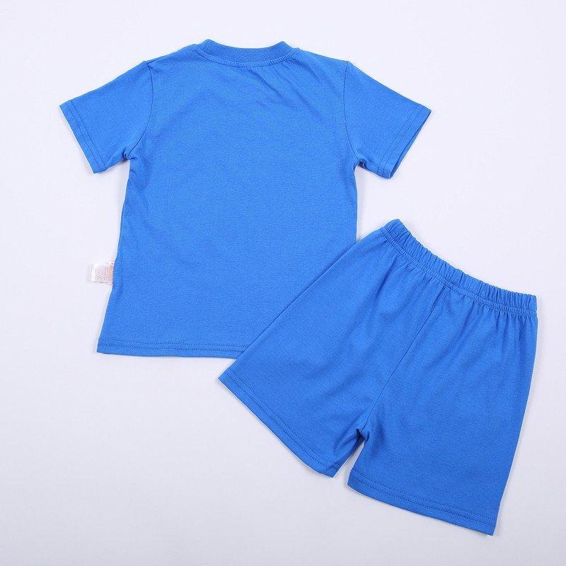 蓝色上衣动漫头像