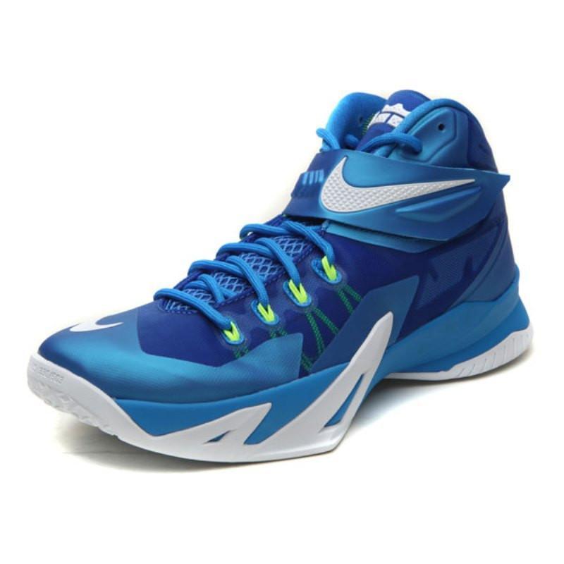 耐克篮球鞋手绘图片展示