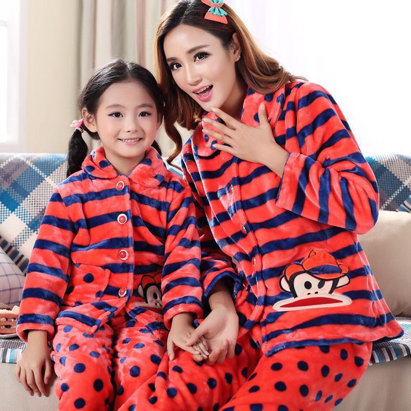 秋冬季长袖法兰绒亲子睡衣家庭装可爱卡通珊瑚绒母女