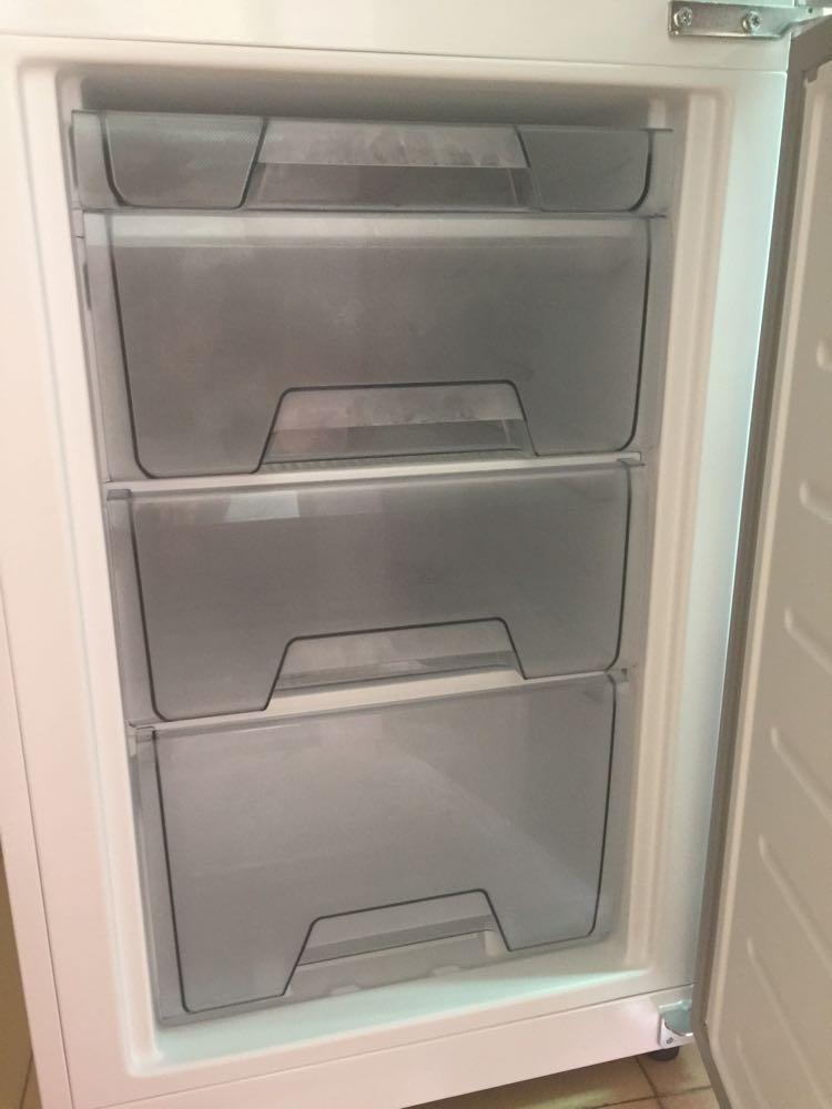 美的冰箱内部结构图解