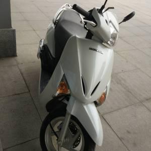 五羊本田佳御电喷水冷wh110t-a摩托车图片
