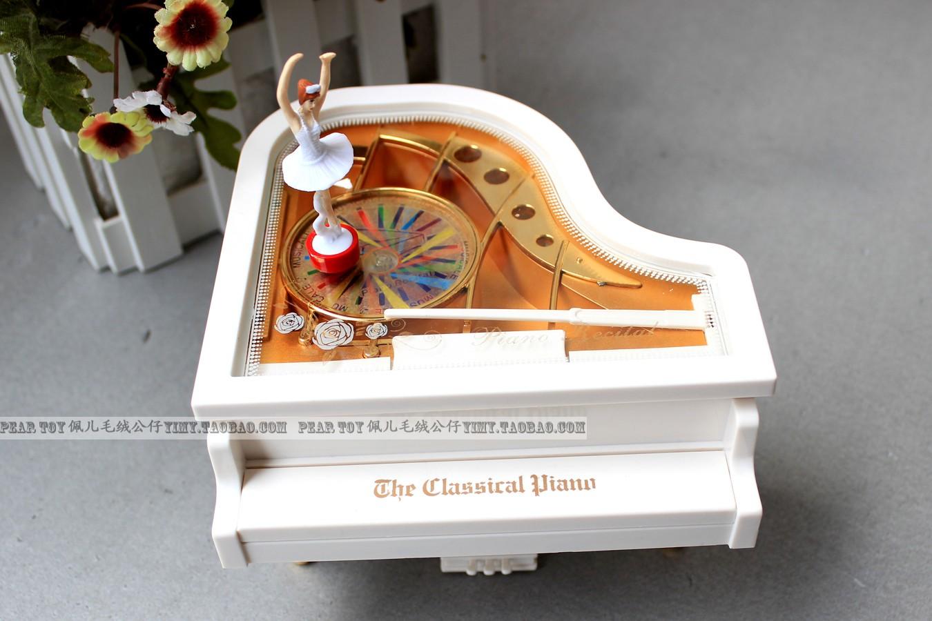 新款创意生日礼物送女友闺蜜钢琴音乐八音盒跳舞芭蕾女孩新年礼品实用