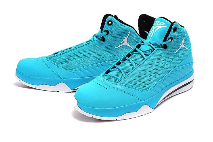 北卡蓝篮球鞋