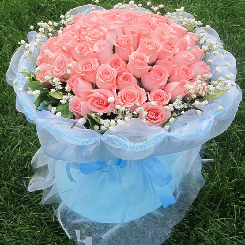 33朵粉玫瑰花束