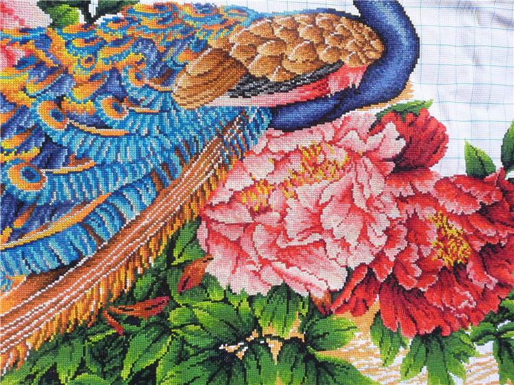 纯手工十字绣成品家和万事兴孔雀牡丹版中式客厅挂画绣好的出售