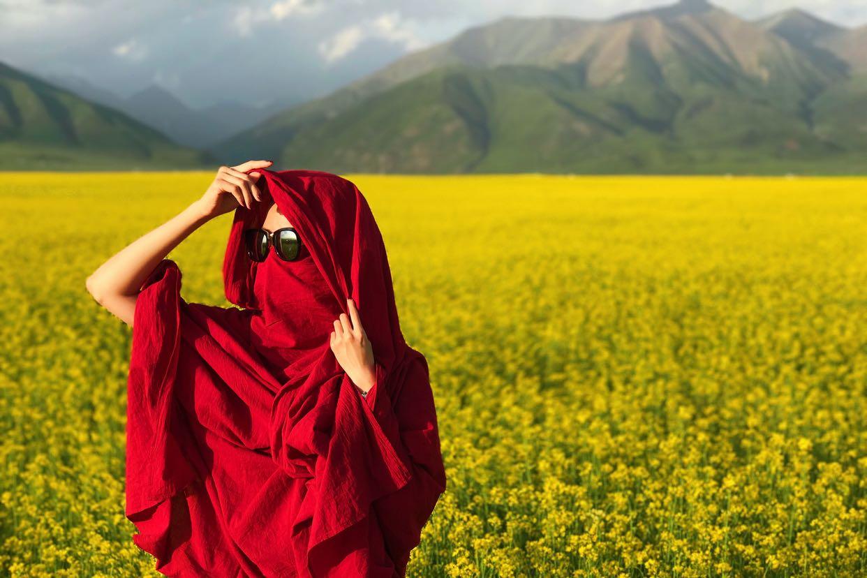 2017款】红尘禅心 喇嘛红超长披肩西藏旅游围巾纯色防