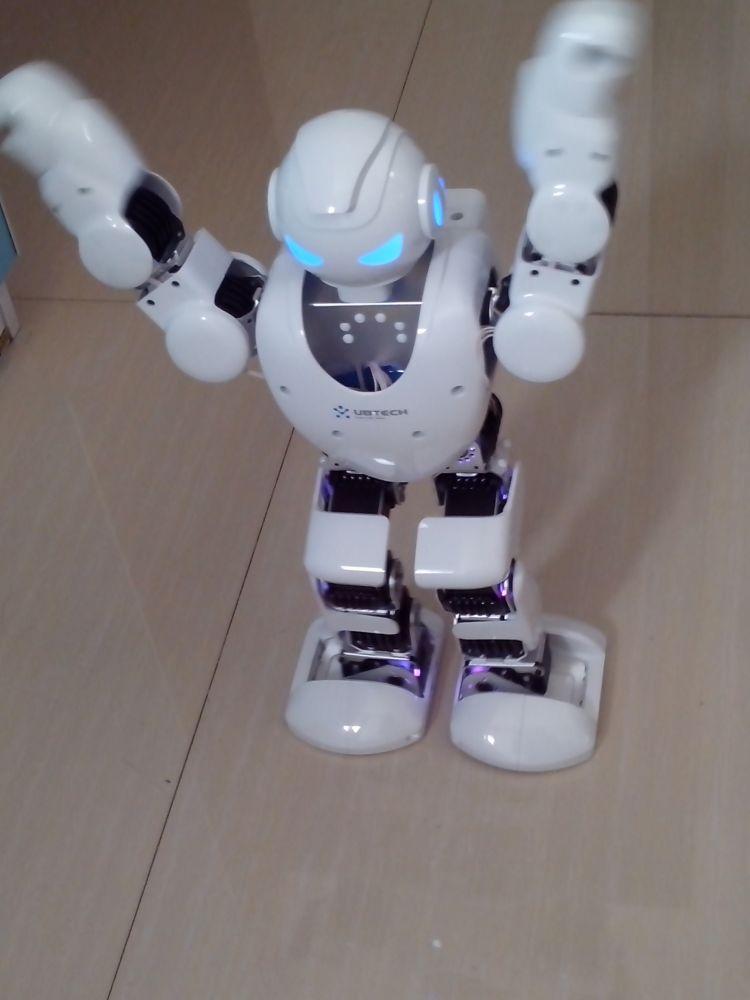 Alpha机器人3d模型高清图片