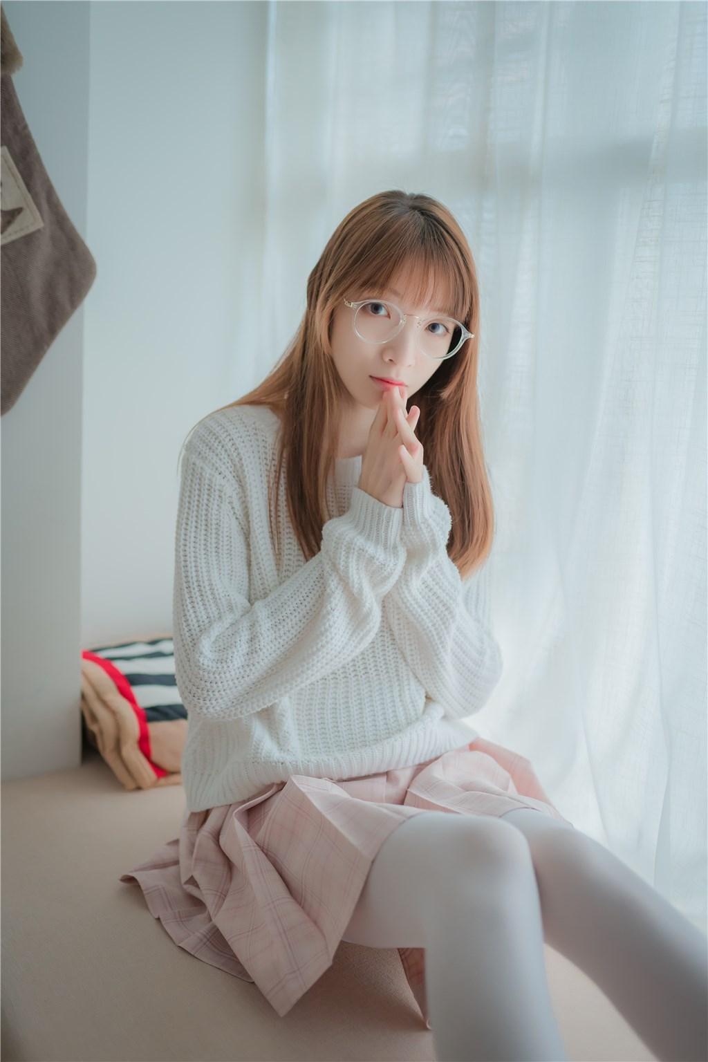 【兔玩映画】粉格裙的眼镜娘 兔玩映画 第27张