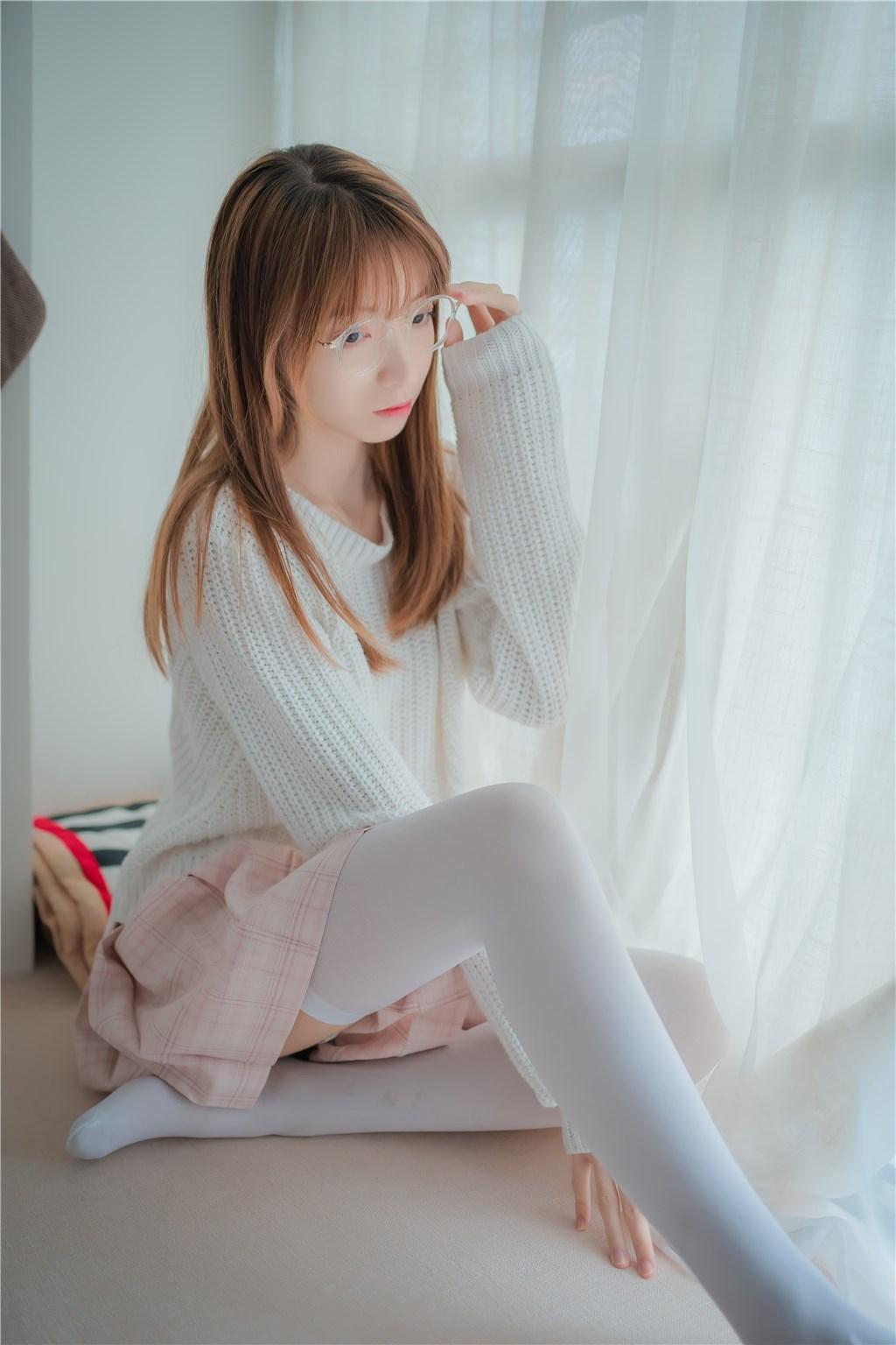 【兔玩映画】粉格裙的眼镜娘 兔玩映画 第25张