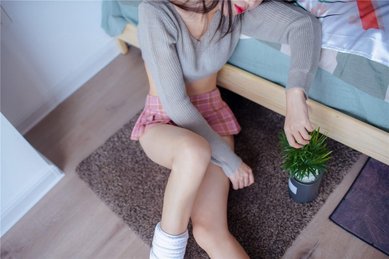 【兔玩映画】毛衣短裙 兔玩映画 第4张