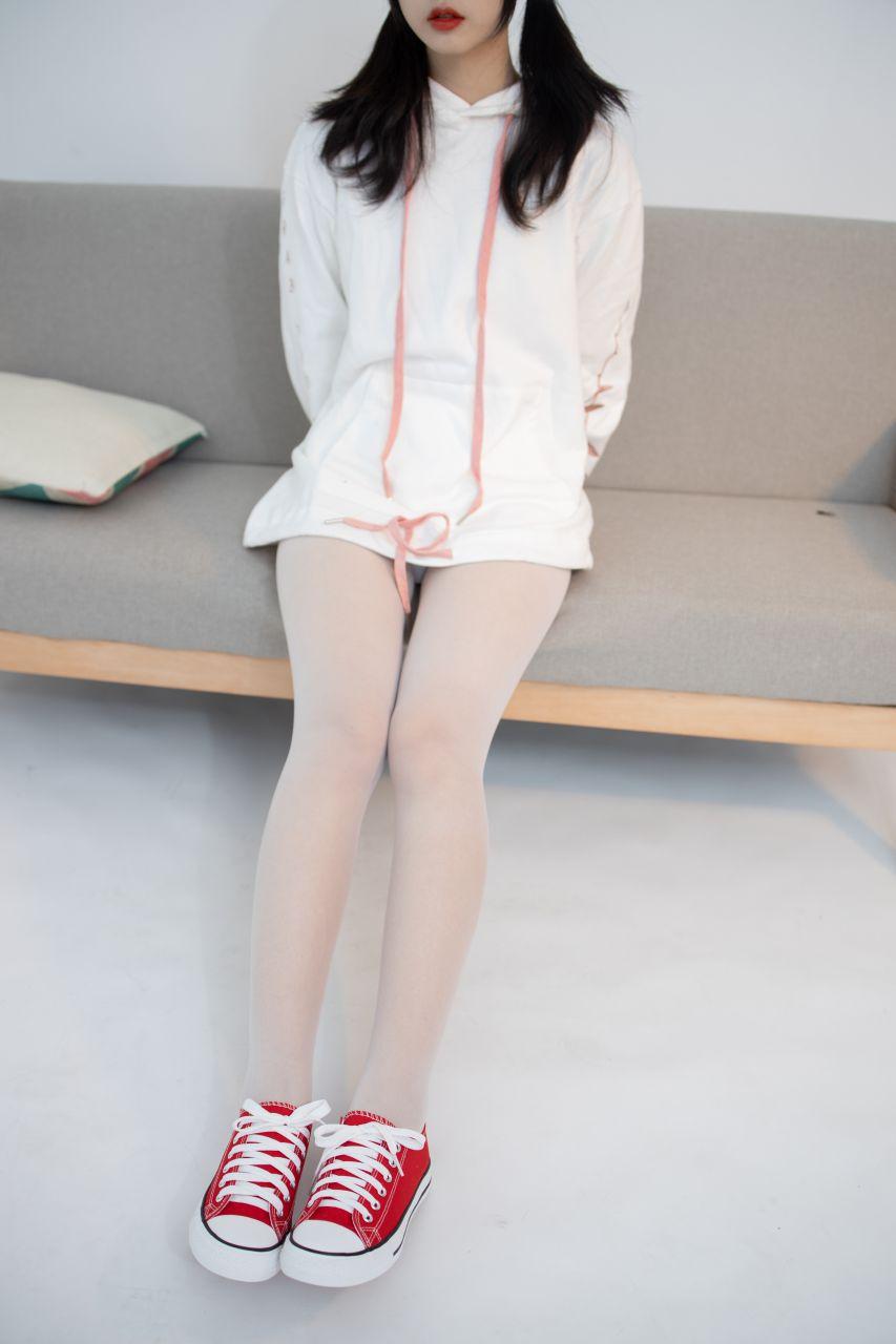 【森萝财团】 森萝财团写真 – JKFUN-054 红布鞋白丝 13D白丝 小夜 [50P-1V-1.75GB] JKFUN 第5张