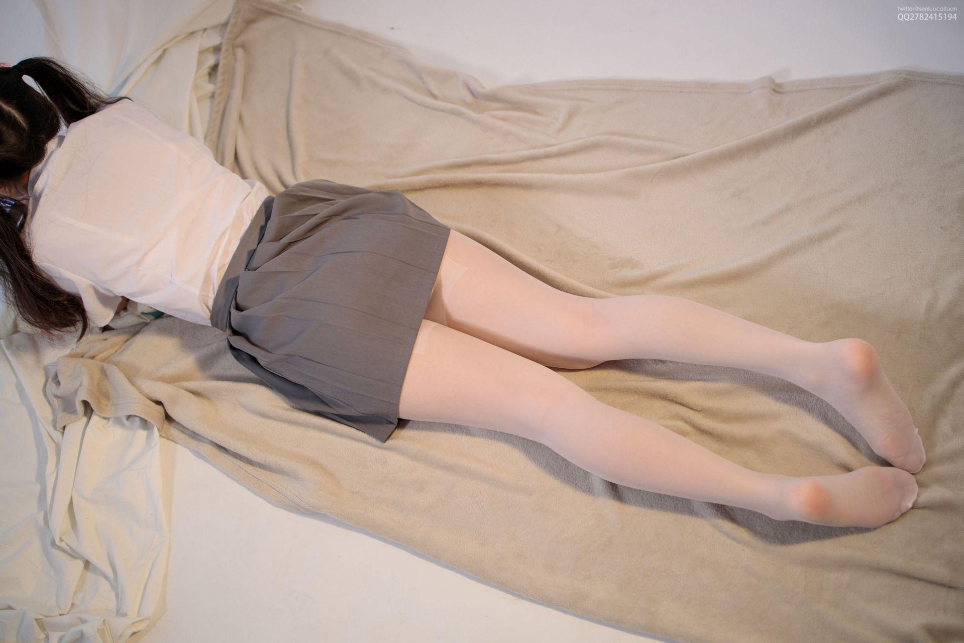 【森萝财团】 森萝财团写真 – JKFUN-052 白丝网鞋合辑 13D白丝 默陌+芝士 [104P-2V-3.44GB] JKFUN 第3张