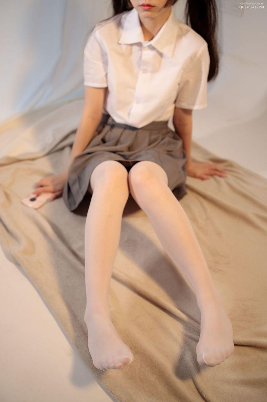 【森萝财团】 森萝财团写真 – JKFUN-052 白丝网鞋合辑 13D白丝 默陌+芝士 [104P-2V-3.44GB] JKFUN 第1张