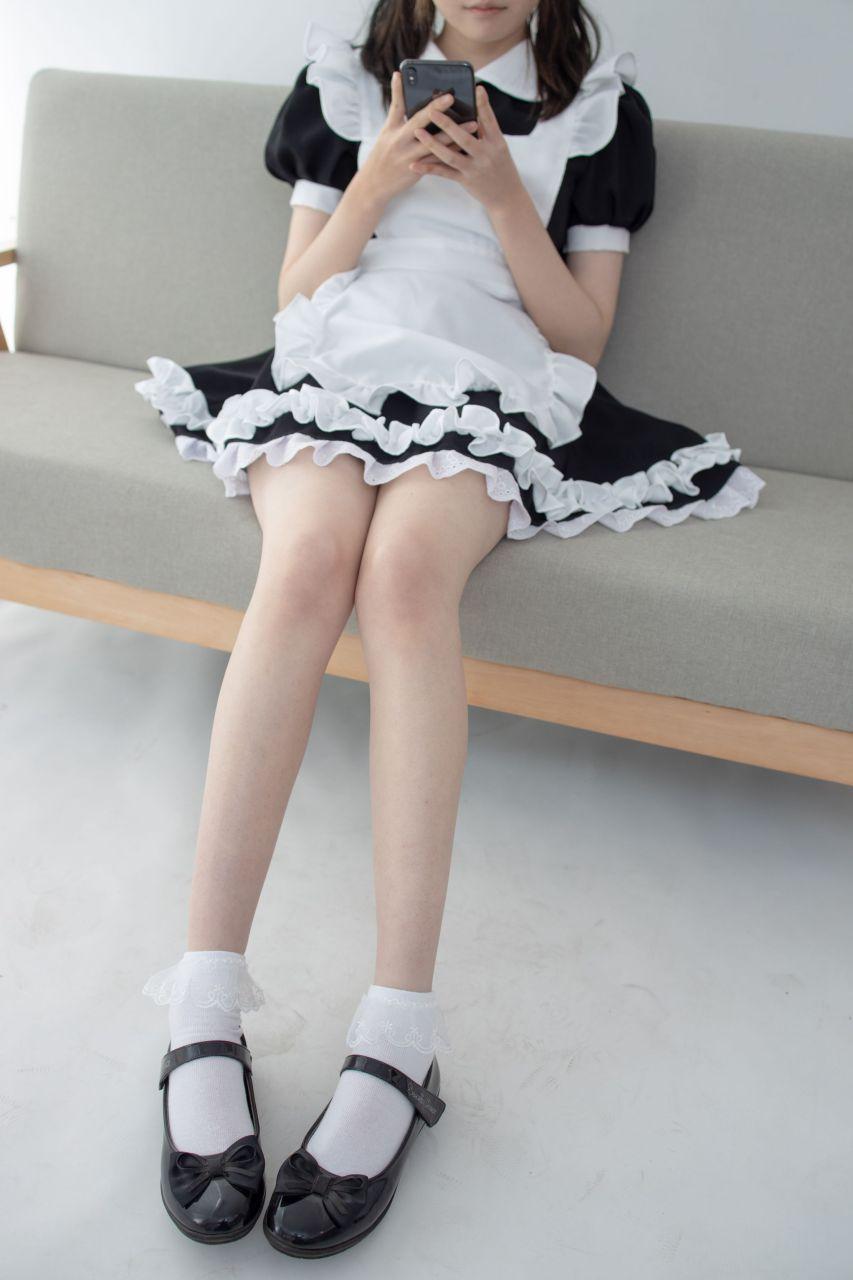 【森萝财团】 森萝财团写真 – JKFUN-051 百圆定制2-2 蕾丝花边短袜女仆 Aika [32P-1V-2.05GB] JKFUN 第1张