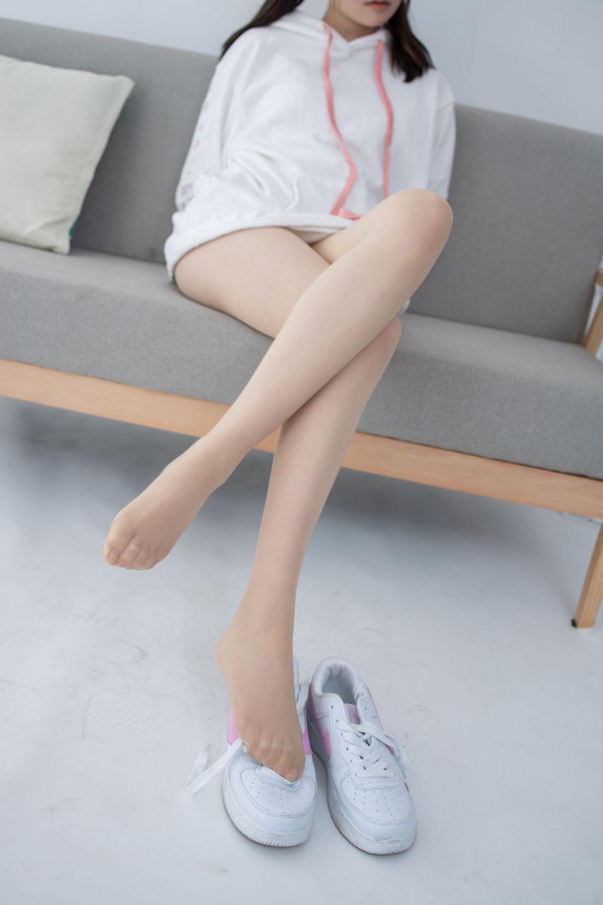 【森萝财团】 森萝财团写真 – JKFUN-050 百圆定制2-1 运动鞋13D肉丝 Aika [27P-1V-1.92GB] JKFUN 第3张