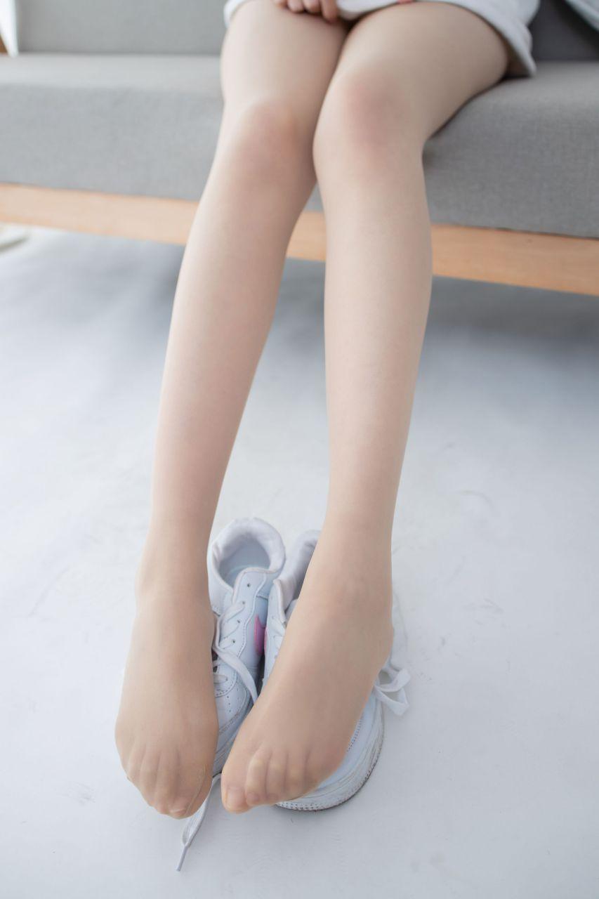 【森萝财团】 森萝财团写真 – JKFUN-050 百圆定制2-1 运动鞋13D肉丝 Aika [27P-1V-1.92GB] JKFUN 第1张