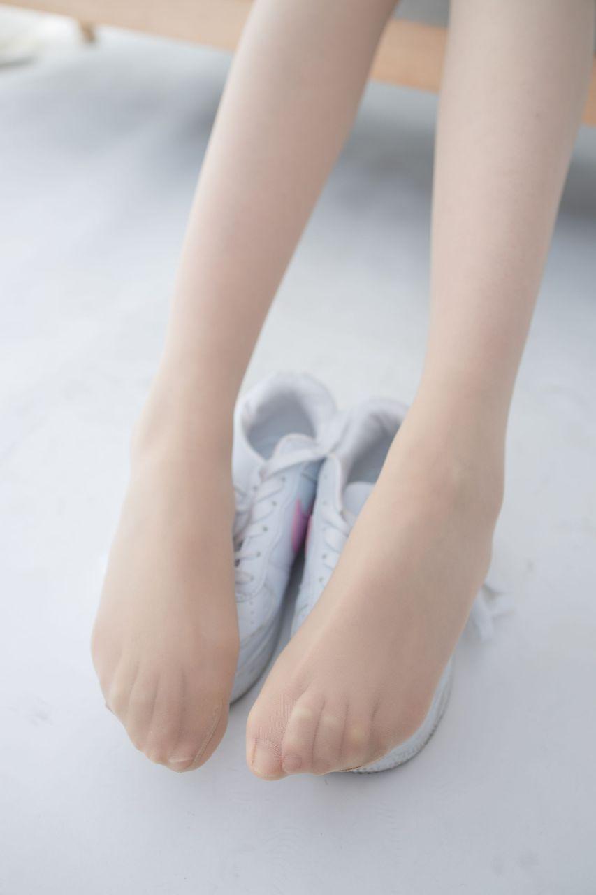 【森萝财团】 森萝财团写真 – JKFUN-050 百圆定制2-1 运动鞋13D肉丝 Aika [27P-1V-1.92GB] JKFUN 第2张
