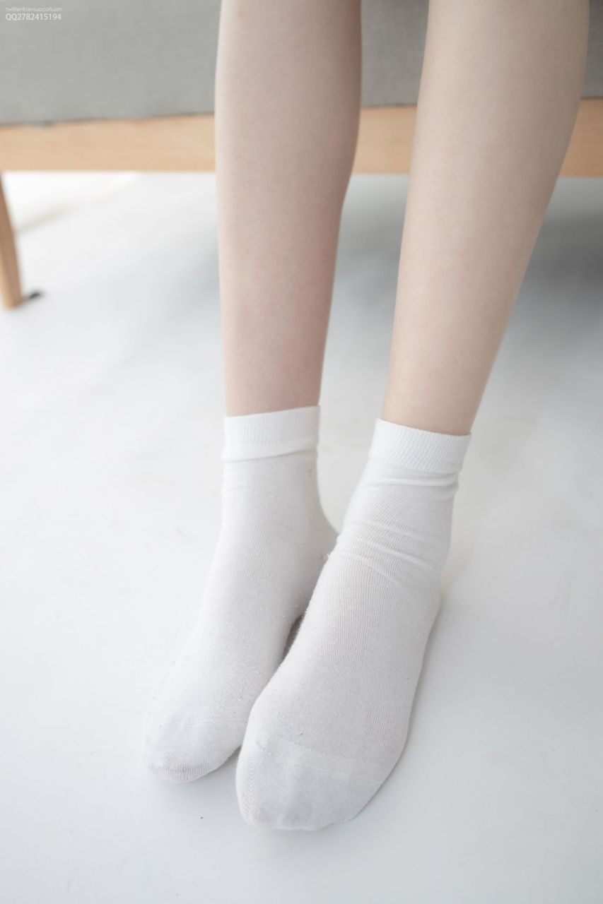 【森萝财团】 森萝财团写真 – JKFUN-041 百圆定制1-3 短棉袜 Aika [27P-1V-1.46GB] JKFUN 第1张