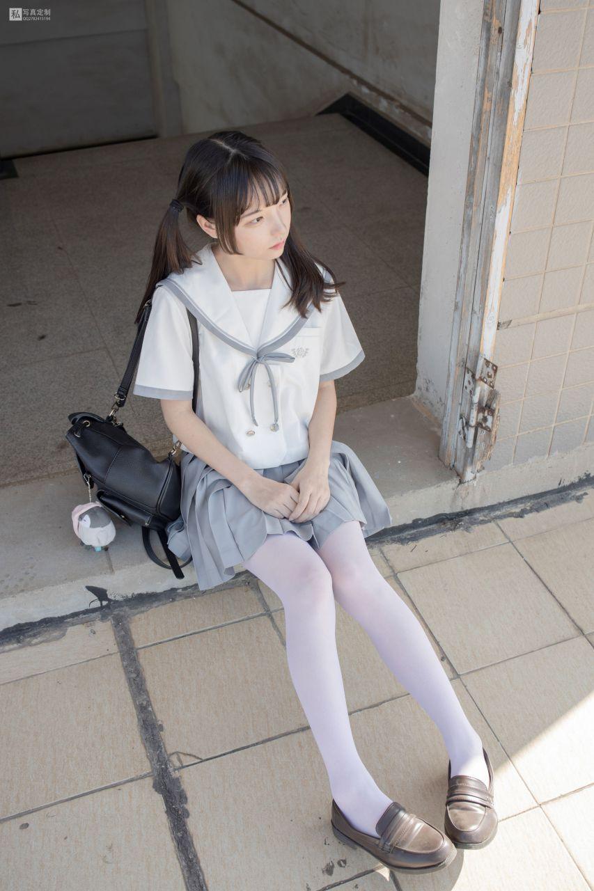【森萝财团】 森萝财团写真 – JKFUN-028 默陌 15D白丝 抑郁湖边与绝望天台 [59P-1V-3.38GB] JKFUN 第5张
