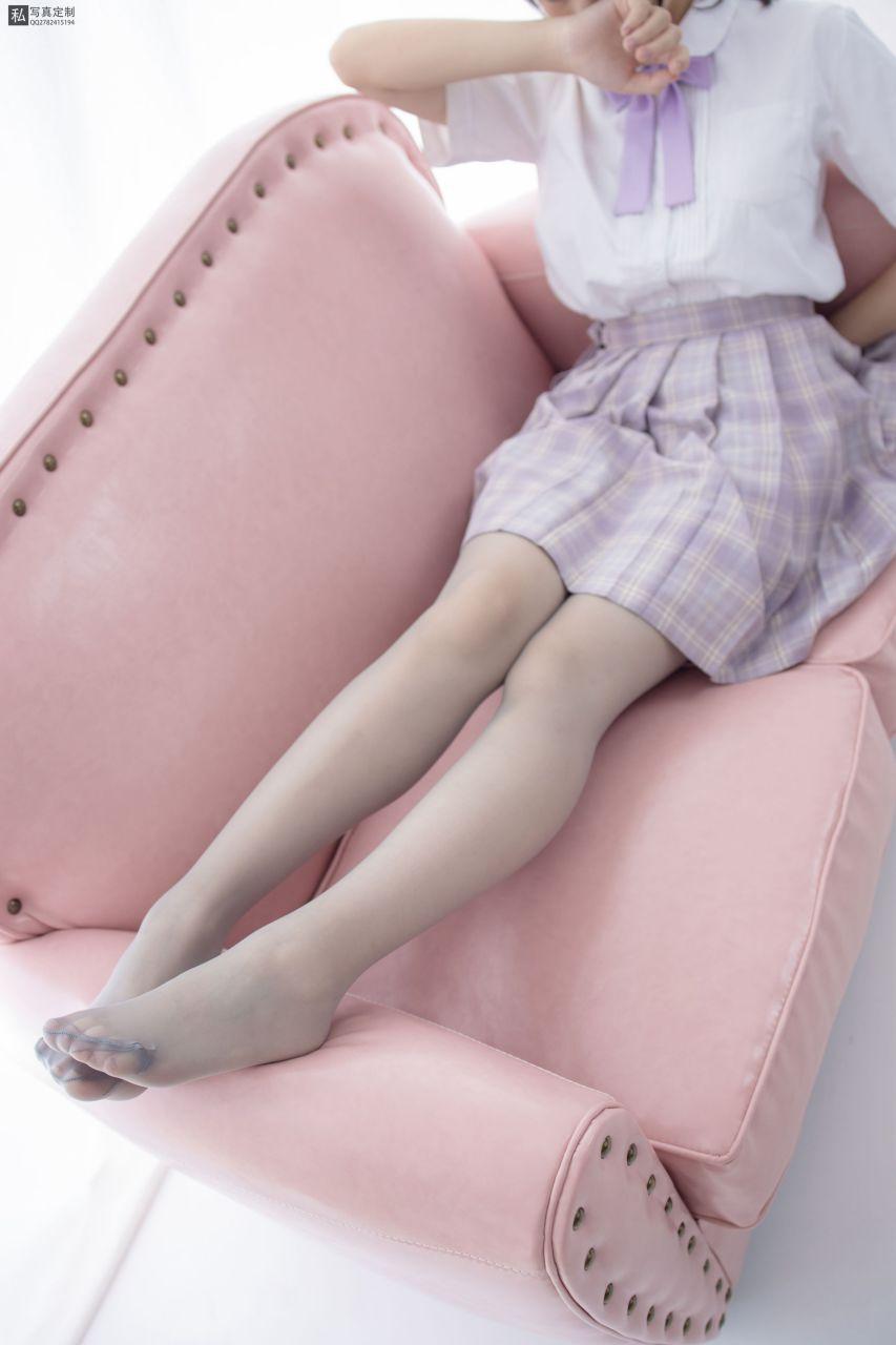 【森萝财团】 森萝财团写真 – JKFUN-021 JK学妹 15D灰丝 [45P-1V-1.34GB] JKFUN 第3张