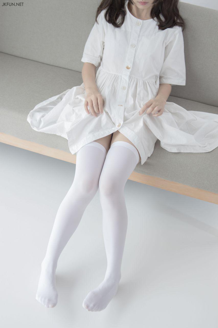 【森萝财团】 森萝财团写真 – JKFUN-014 默陌 白衣飘飘的年代 [91P-1V-2.06GB] JKFUN 第1张
