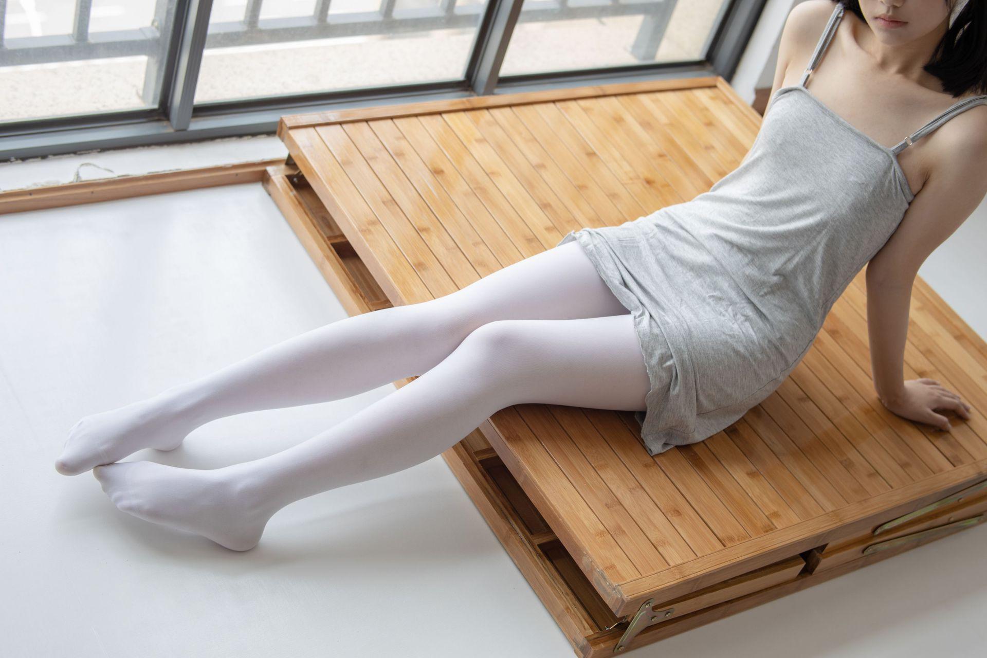【森萝财团】 森萝财团写真 – JKFUN-013 白丝小可爱 [160P-1V-2.38GB] JKFUN 第2张