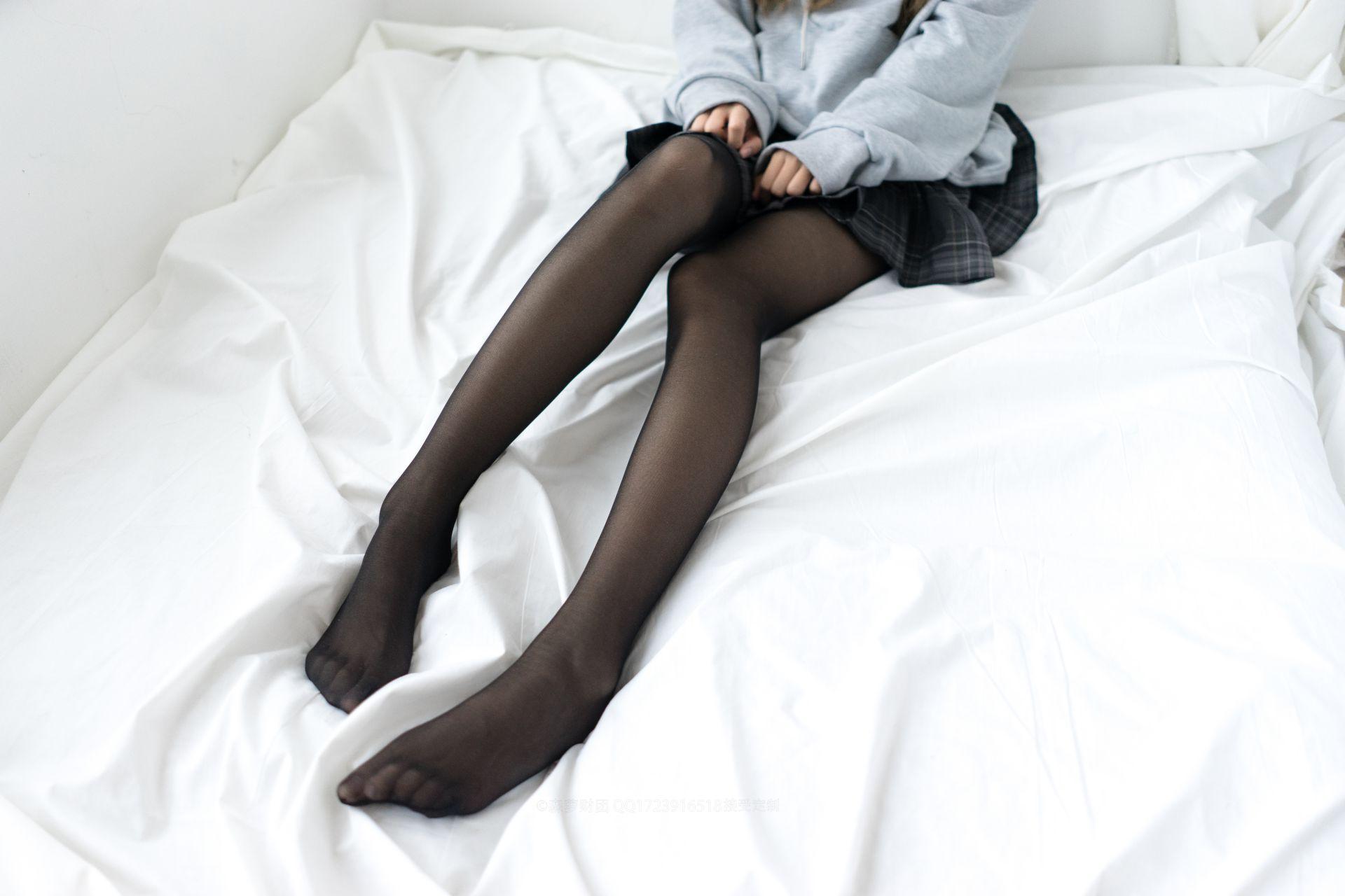 【森萝财团】森萝财团写真 - BETA-039 黑丝短裙 [44P-489MB] BETA系列 第3张