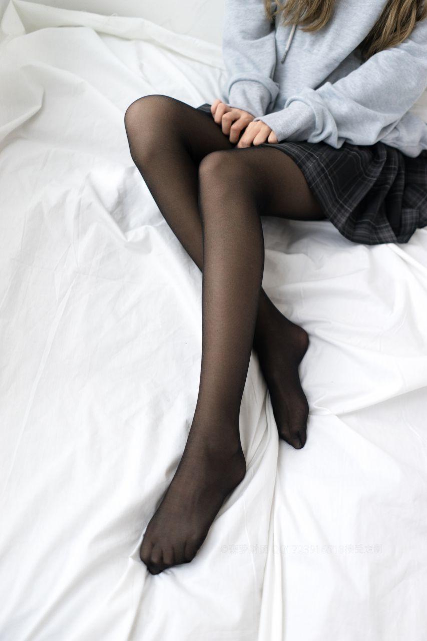 【森萝财团】森萝财团写真 - BETA-039 黑丝短裙 [44P-489MB] BETA系列 第1张
