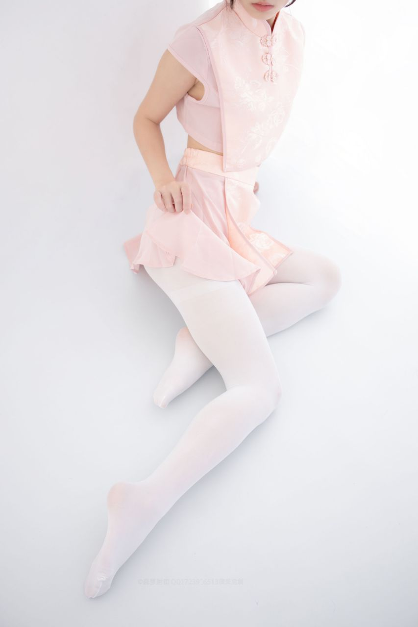 【森萝财团】森萝财团写真 – X-052 超可爱的丸子头少女 [66P-1V-1.63GB] X系列 第4张