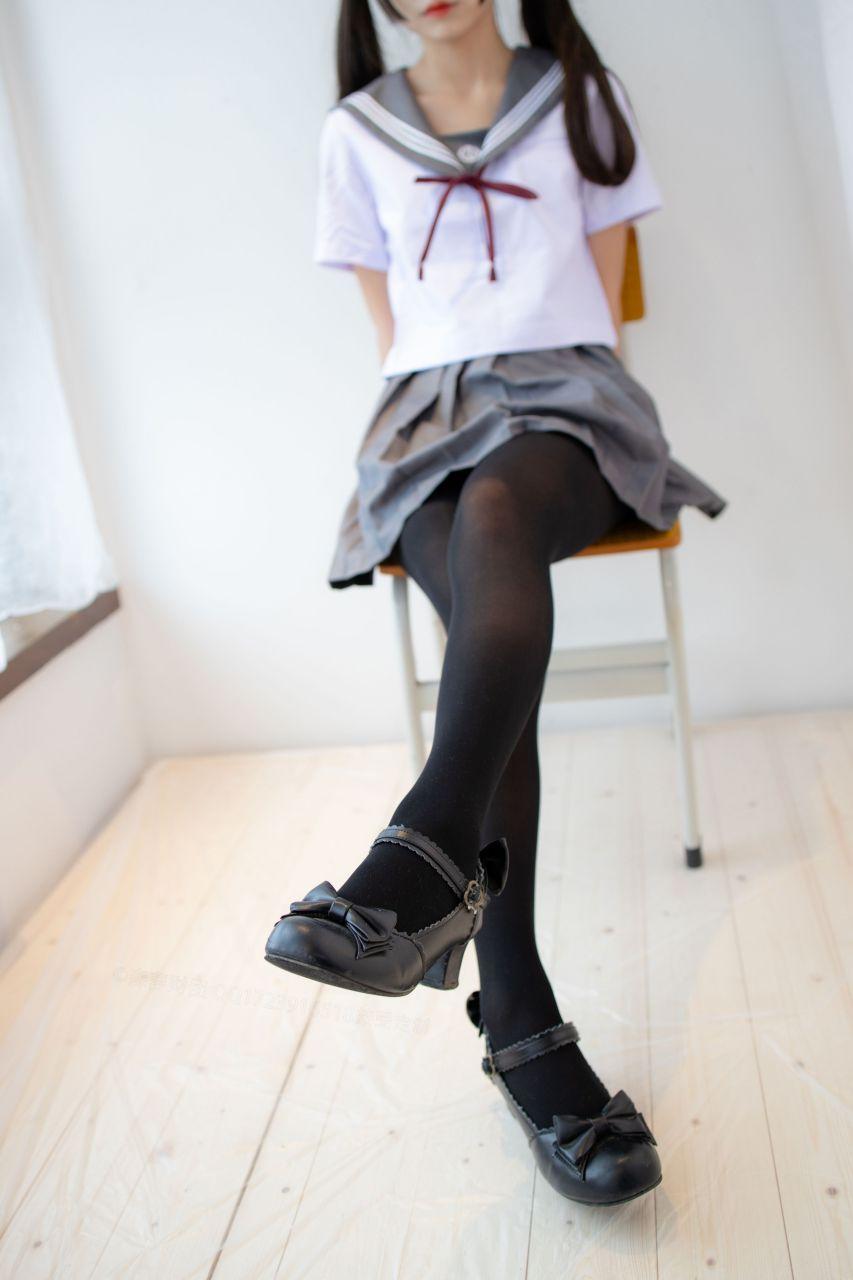【森萝财团】森萝财团写真 – X-046 少女的黑丝JK制服 [105P-1V-2.22GB] X系列 第4张