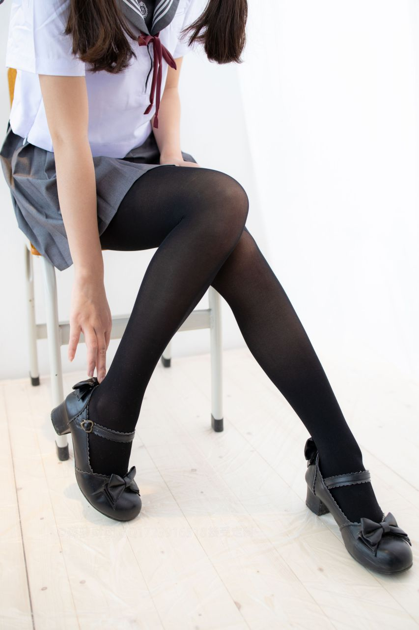 【森萝财团】森萝财团写真 – X-046 少女的黑丝JK制服 [105P-1V-2.22GB] X系列 第5张