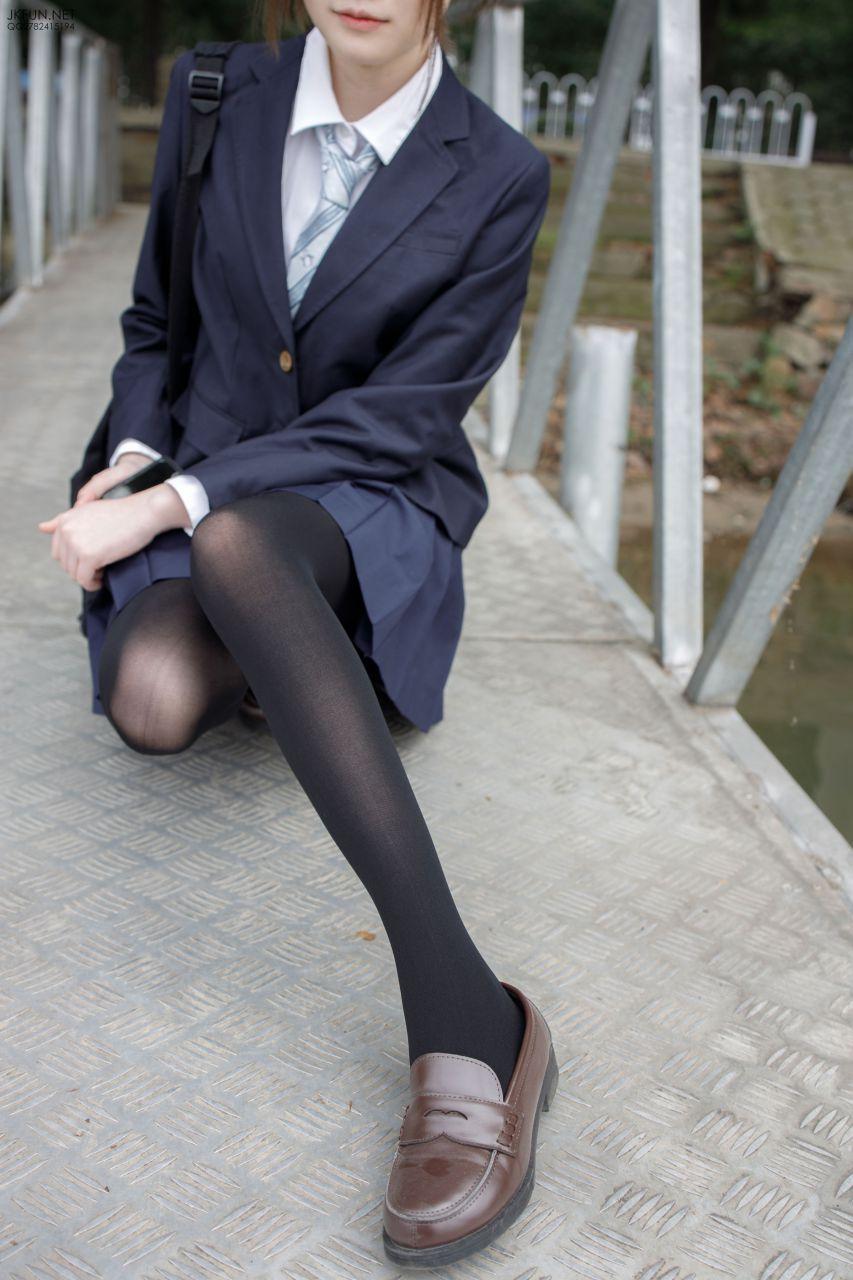 【森萝财团】 森萝财团写真 – JKFUN-006 Aika 日系黑丝丝 [140P-1V-2.90GB] JKFUN 第1张