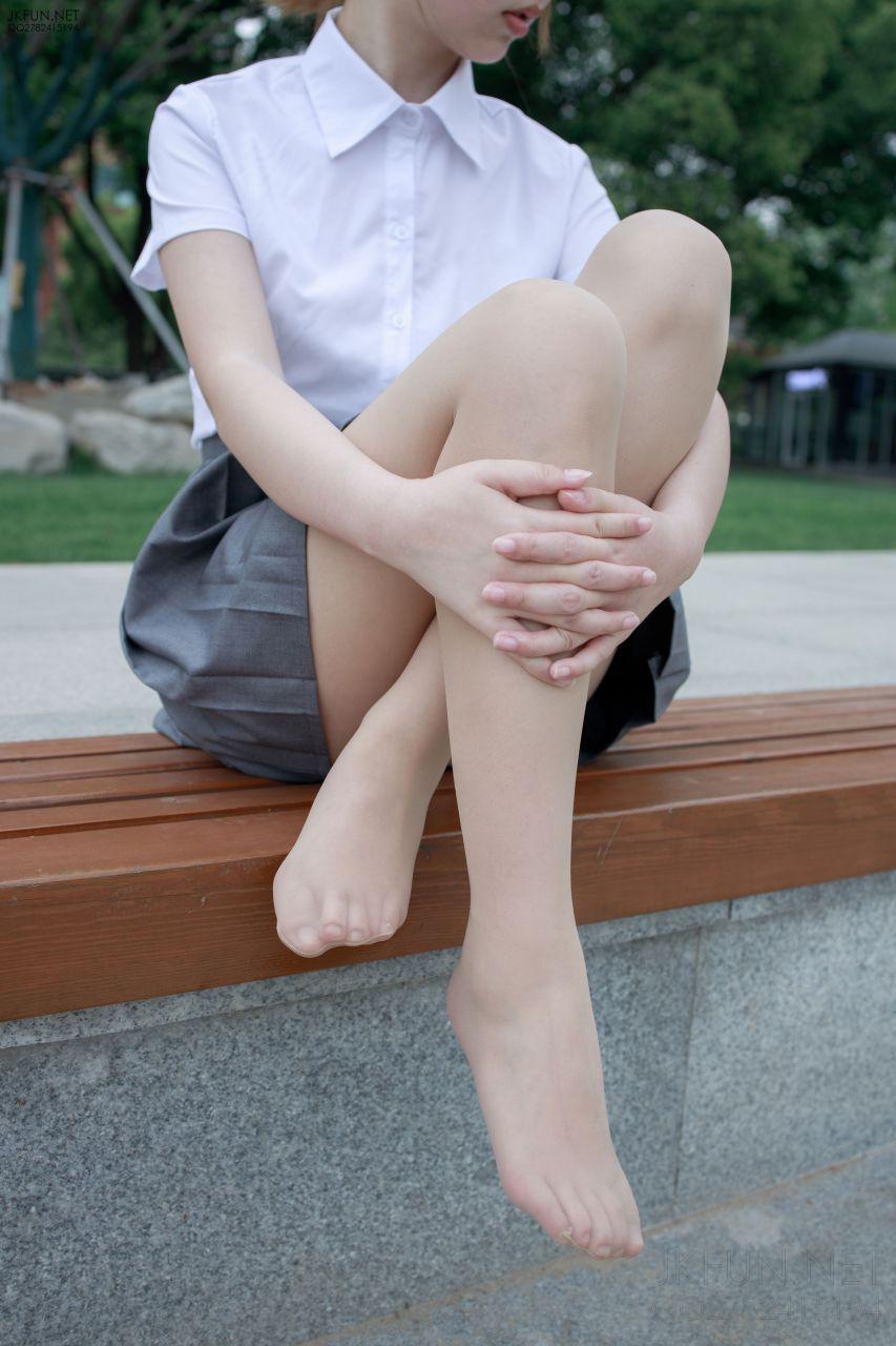 【森萝财团】 森萝财团写真 – JKFUN-005 卉子 10D肉丝 [116P-1V-2.59GB] JKFUN 第5张