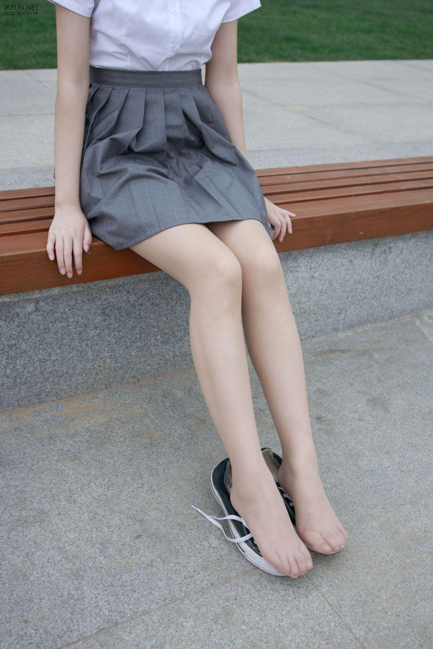【森萝财团】 森萝财团写真 – JKFUN-005 卉子 10D肉丝 [116P-1V-2.59GB] JKFUN 第1张