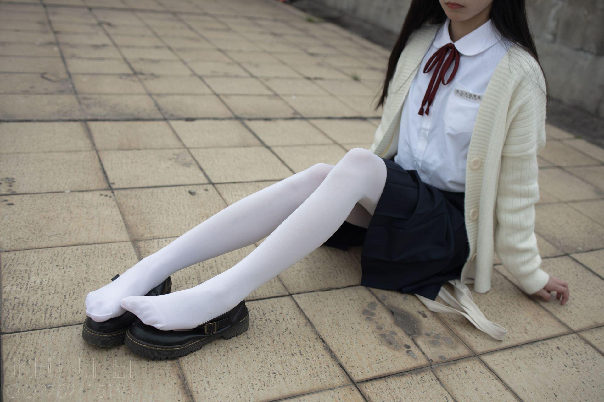 【森萝财团】 森萝财团写真 – JKFUN-001 甜米 纯纯的白丝学妹 [104P-1V-2.24GB] JKFUN 第4张