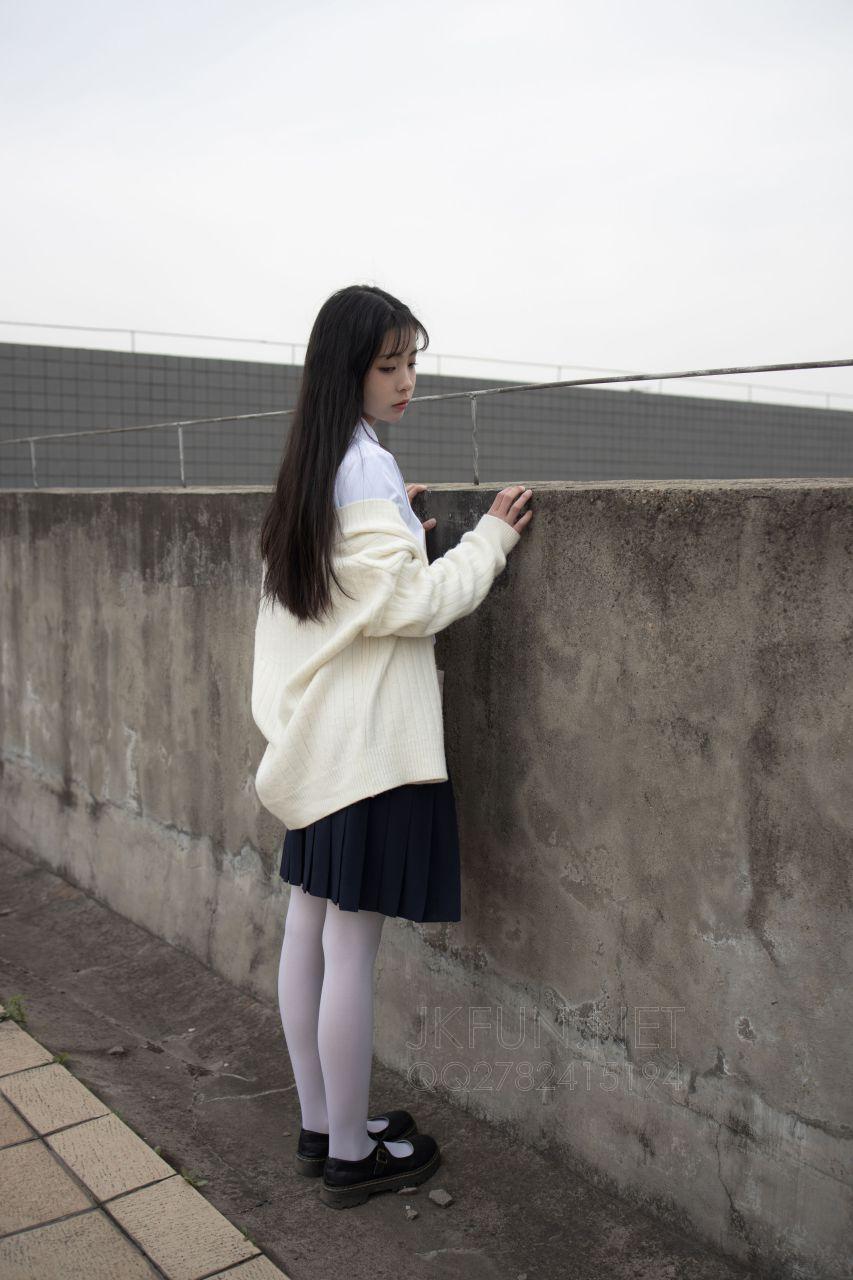 【森萝财团】 森萝财团写真 – JKFUN-001 甜米 纯纯的白丝学妹 [104P-1V-2.24GB] JKFUN 第5张