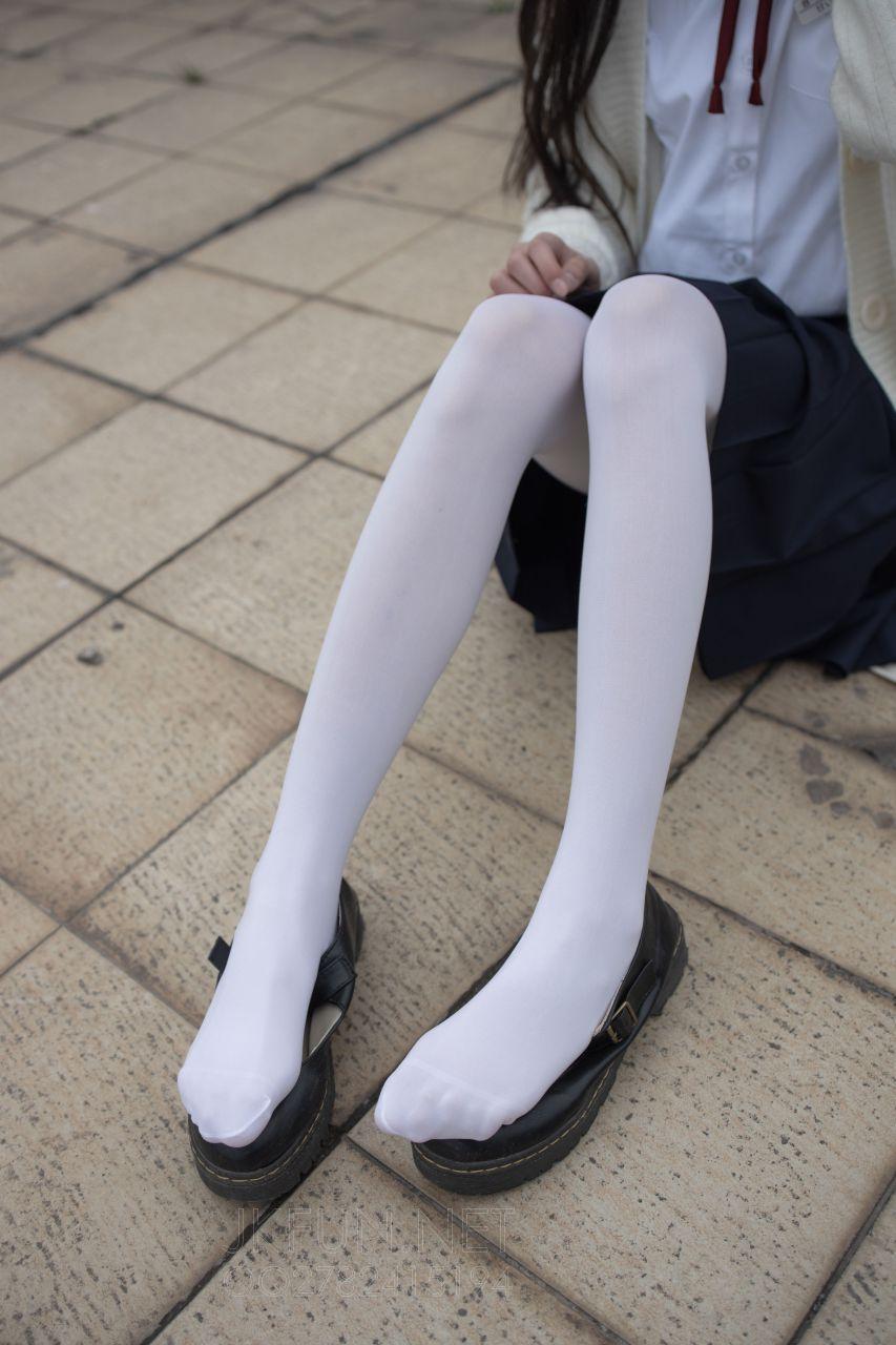 【森萝财团】 森萝财团写真 – JKFUN-001 甜米 纯纯的白丝学妹 [104P-1V-2.24GB] JKFUN 第1张
