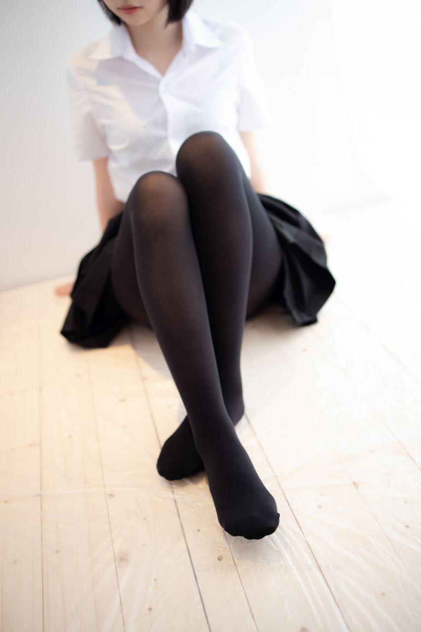 【森萝财团】爱花写真-ALPHA-021