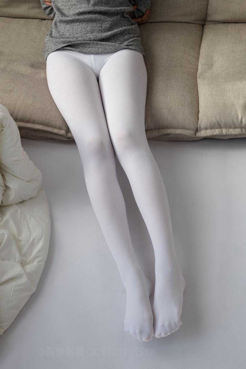 【森萝财团】爱花写真-ALPHA-016 青涩性感的美少女 [143P-1.87GB] 森萝财团 第3张