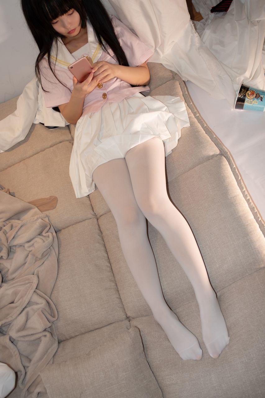 【森萝财团】爱花写真-ALPHA-012 超可爱露脸白丝 [103P-1V-1.08GB] 森萝财团 第1张