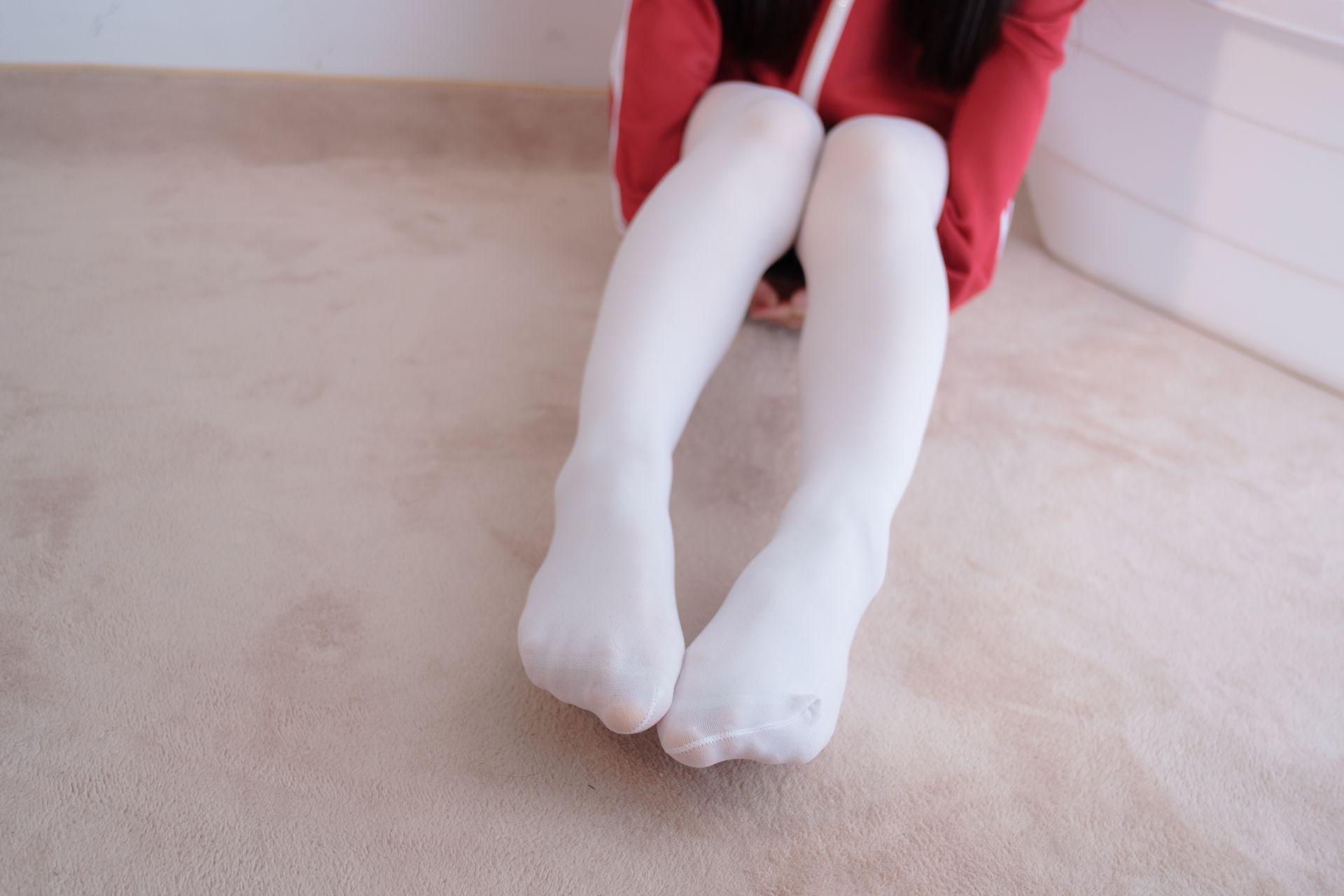 【森萝财团】爱花写真-ALPHA-002 白丝红衣死库水 [76P-725MB] 森萝财团 第4张
