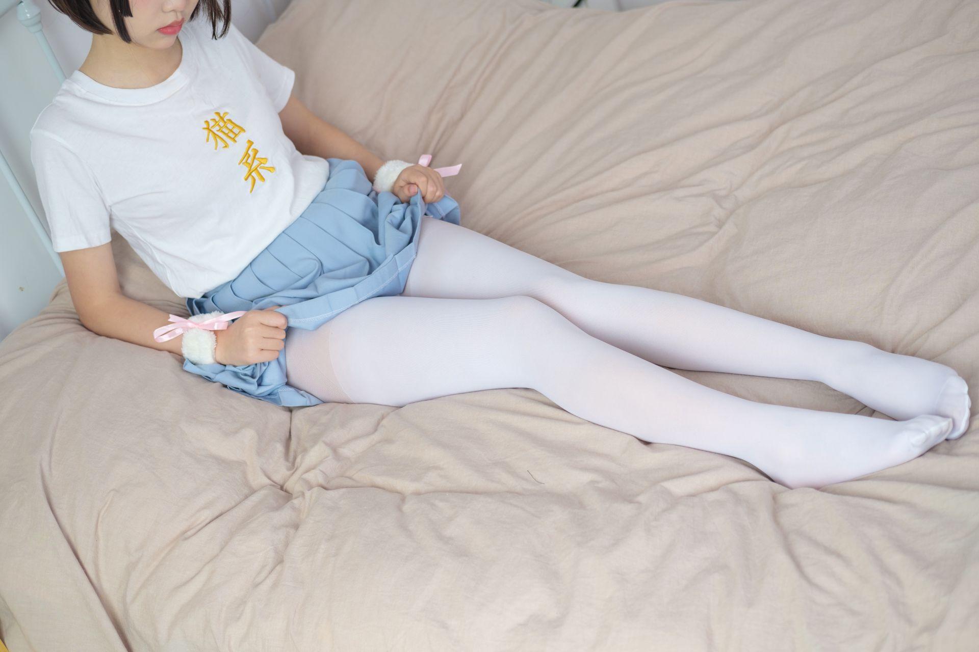 【森萝财团】森萝财团写真 – X-031 可爱猫系萝莉露脸 [89P-1V-2.21GB] X系列 第2张