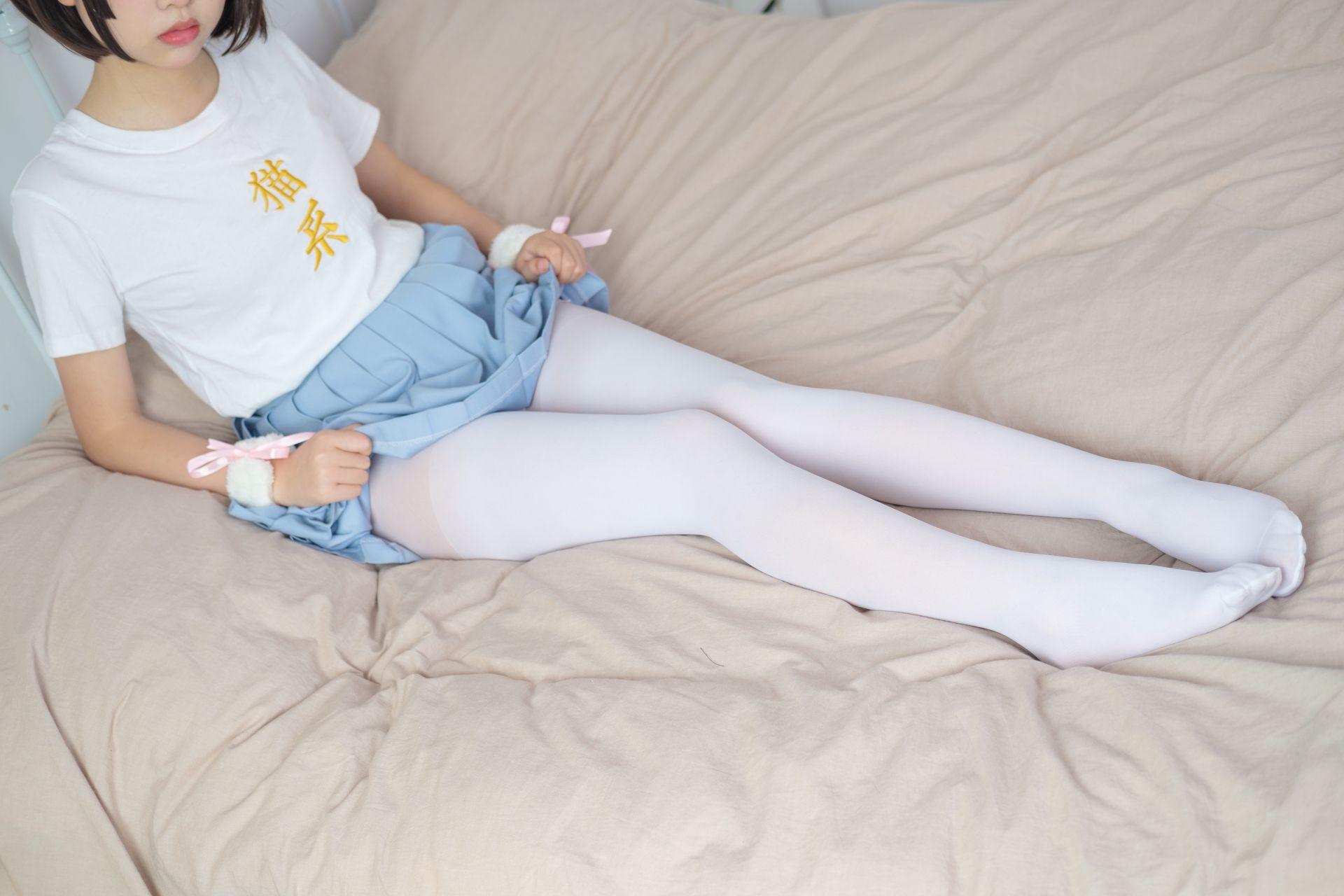 【森萝财团】森萝财团写真 – X-031 可爱猫系萝莉露脸 [89P-1V-2.21GB] X系列 第3张