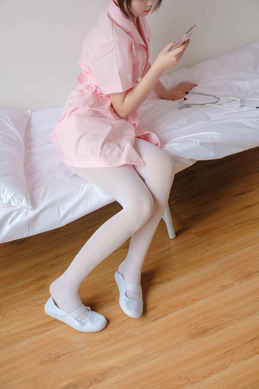 【森萝财团】森萝财团写真 – X-021 白丝小护士 [168P-1V-2.18GB] X系列 第5张