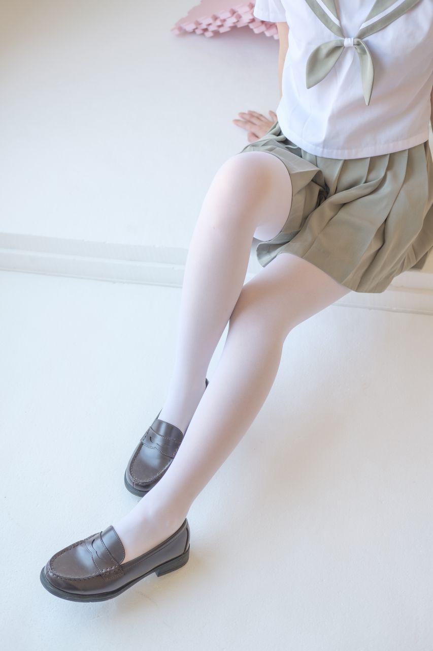 【森萝财团】森萝财团写真 – X-016 清纯白丝[136P-1V-1.57GB] X系列 第1张