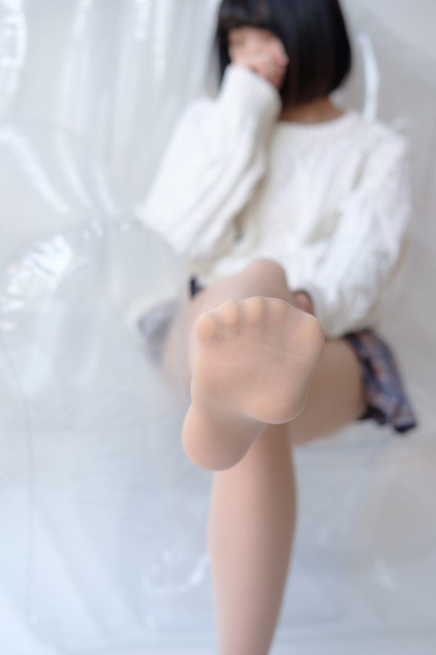 【森萝财团】森萝财团写真 – X-013 白丝裸足短袜[134P-1V-1.52GB] X系列 第5张