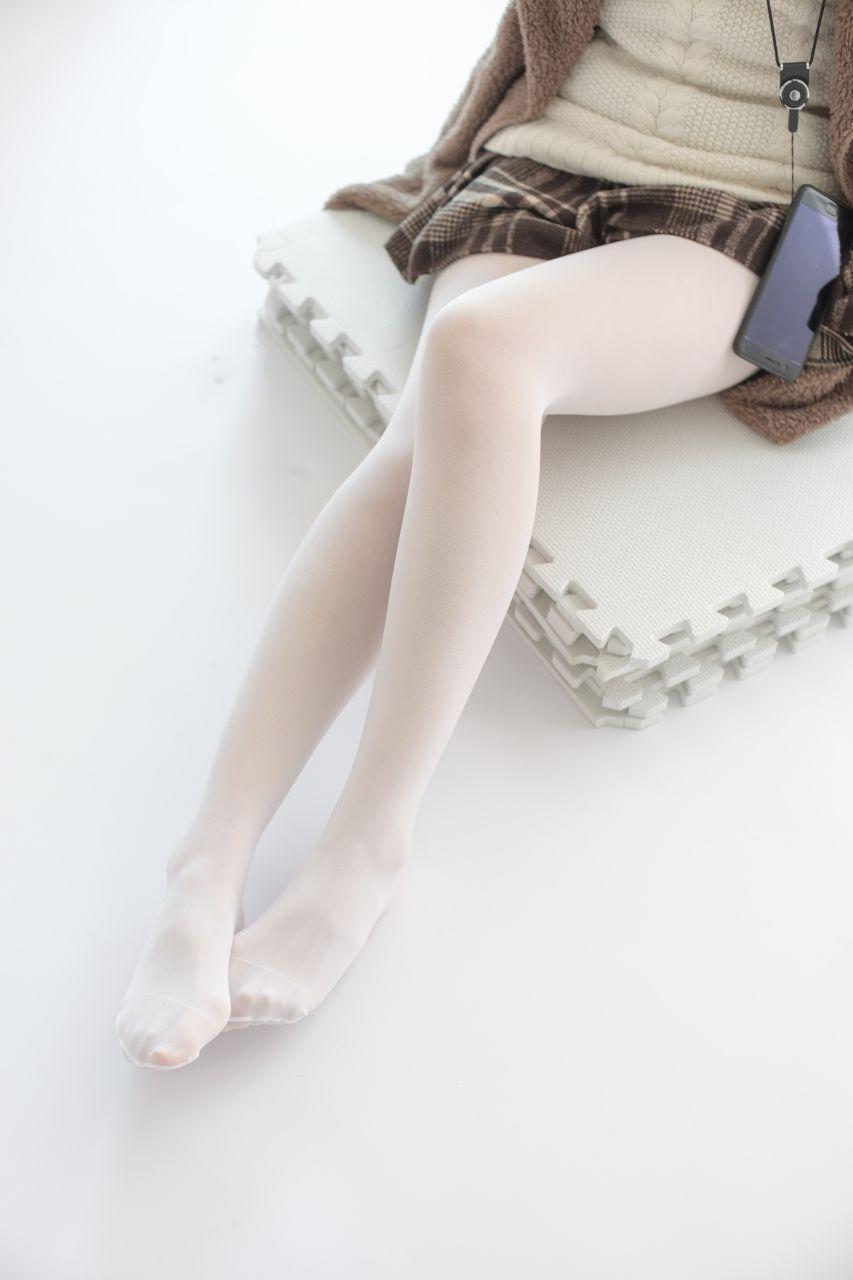 【森萝财团】森萝财团写真 – X-006 白丝·纯白诱惑 [99P-1V-1.66GB] X系列 第1张