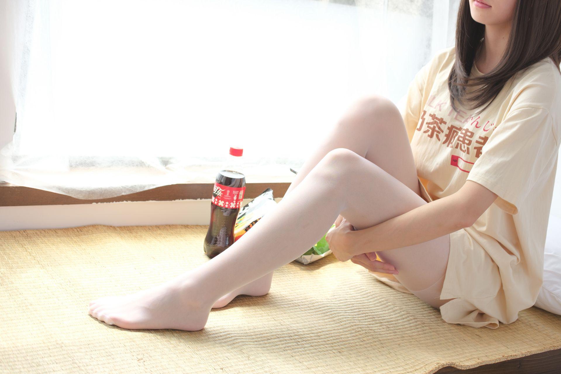 【森萝财团】森萝财团写真 - SSR-010 凉席上的白丝美足少女 [88P-978MB] SSR系列 第4张