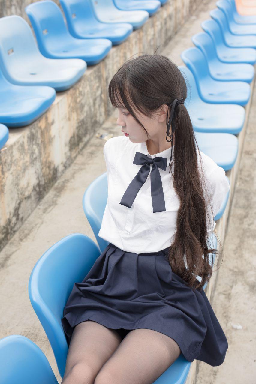 【森萝财团】森萝财团写真 – SSR-009 户外黑丝学妹 [84P-844MB] SSR系列 第2张