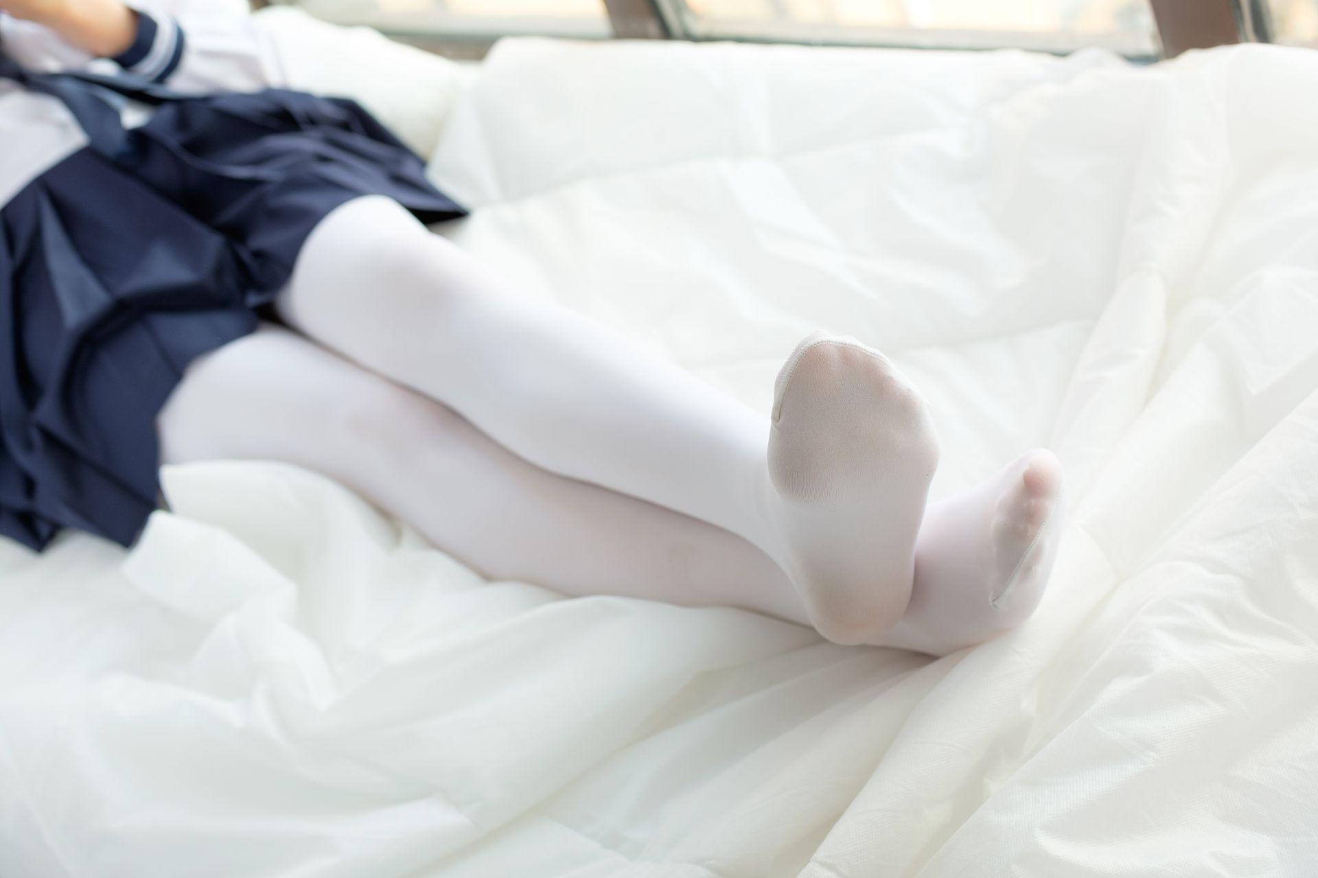 【森萝财团】森萝财团写真 – SSR-002 白丝水手服 [75P-453MB] SSR系列 第5张